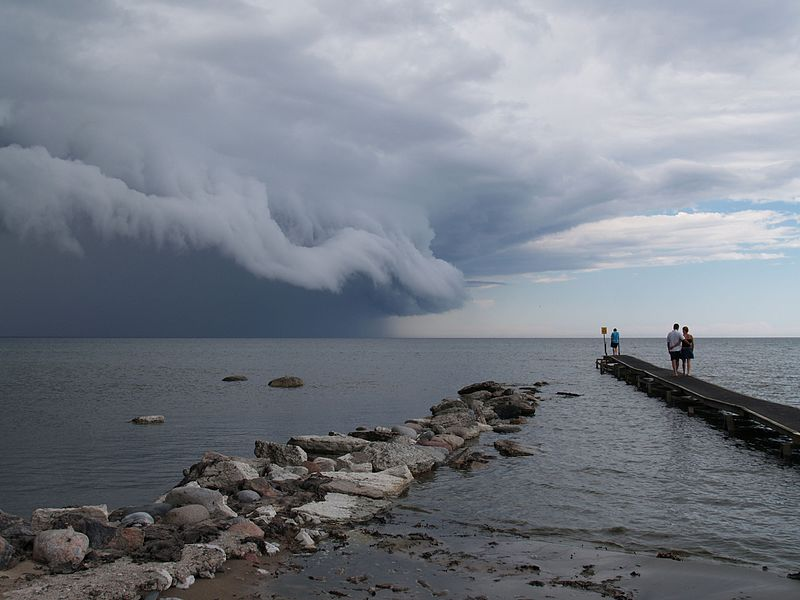Cloud_cumulonimbus_at_baltic_sea(1)